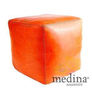 Pouf marocain cube orange, pouf carré artisanal en cuir veritable