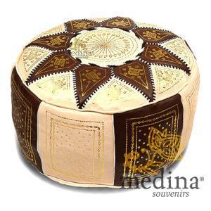 Pouf fassi en cuir ivoire et chocolat, pouffe marocain en cuir veritable fait main