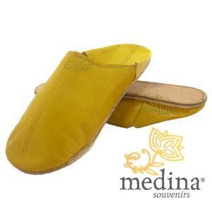 Babouche Homme et Femme traditionnel jaune babouche de Marrakech à bout rond chaussons cousus main mocassins mixtes