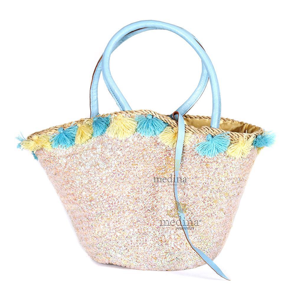 Panier en osier fleurs de laine et robe de paillettes avec grandes poignées en cuir bleu