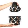 Boite vintage 10 cousue et tissée au fil de laine dans les tons noir et blanc-