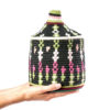 Boite vintage 31 cousue et tissée au fil de laine dans les tons noir, vert et rose