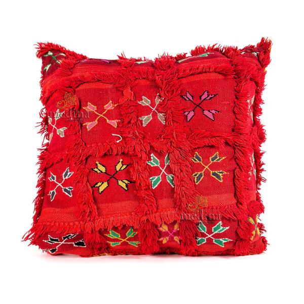Coussin vintage rouge tissé et brodé main, coussin artisanal design carreaux