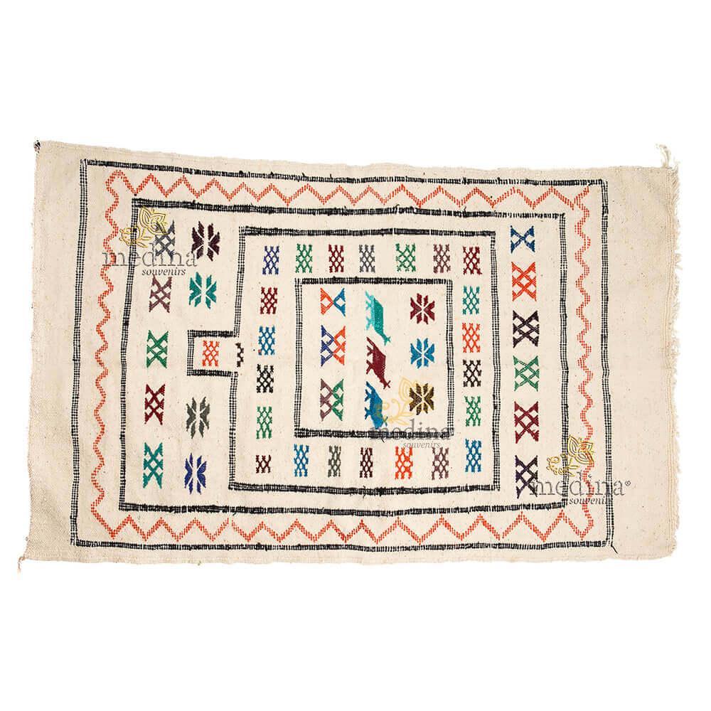 Tapis vintage fait main, tapis berbère aux motifs ethniques sur fond couleur perle